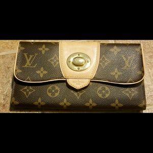 Authentic Louis Vuitton Monogram Boetie Wallet